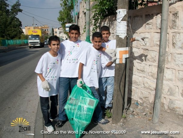 Clean up the World Day on the Jesus Trail